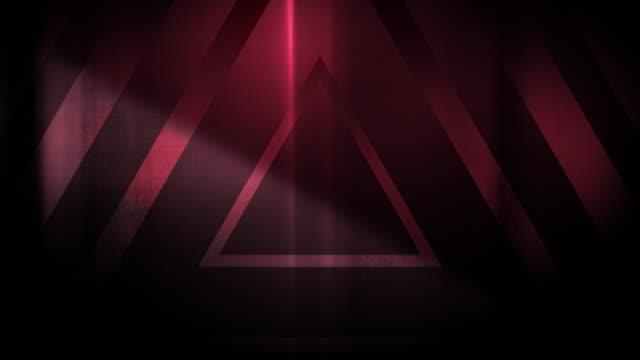 vidéos et rushes de 4k seamless pattern de haute contrastée bizarre et grungy triangles rouge clair sans fin tunnel vidéo de fond - party social event