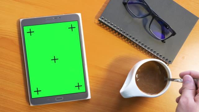 4k: Tablet met groen scherm