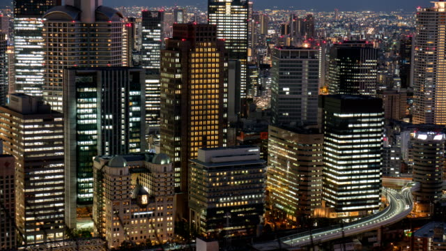 4 k time-lapse: Aerial View van Osaka. Kantelen omhoog Shot