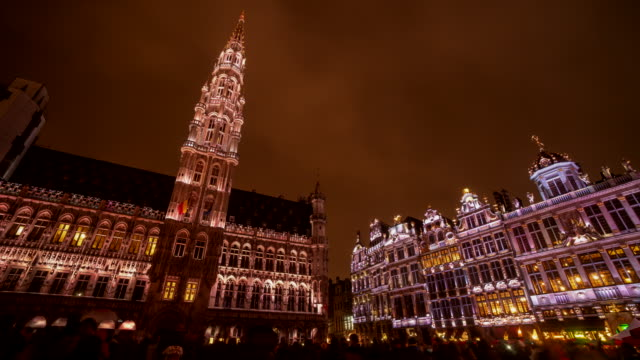 4k time lapse : the grand place brussels at twilight, belgium - capital region stock videos & royalty-free footage