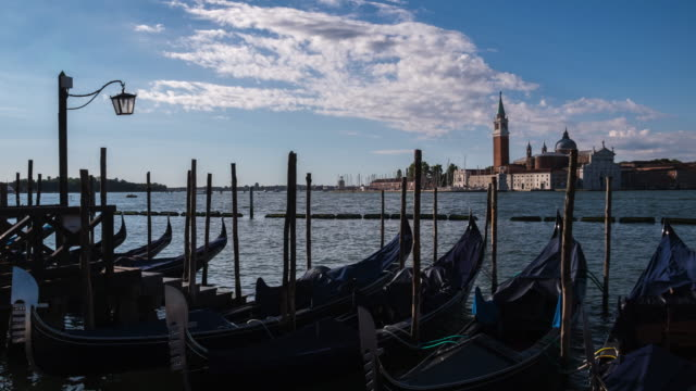 4k Timelapes : Gondolas on the venetian lagoon