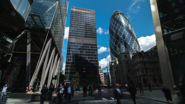 4k timelapes : office business building in london, england - long exposure stock videos & royalty-free footage