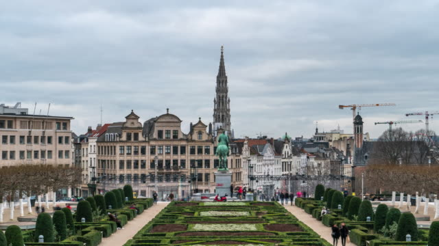 4k time-lapse : brussels grand place garden belgium - capital region stock videos & royalty-free footage
