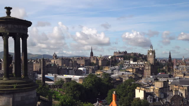 4k time-lapse: edinburgh cityscape in a morning, scotland uk - clock tower stock videos & royalty-free footage
