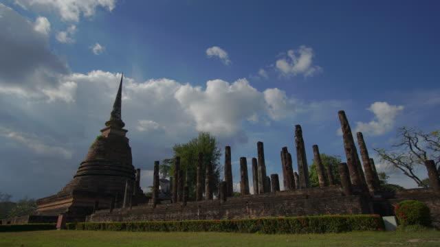 4 k Zeitraffer Lockdown, Sa-Si-Tempel Wat im Geschichtspark Sukhothai in Thailand.