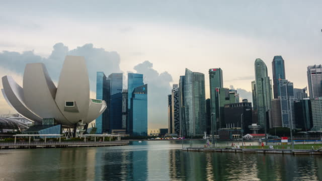 4k time-lapse of singapore bay landmark - marina stock videos & royalty-free footage