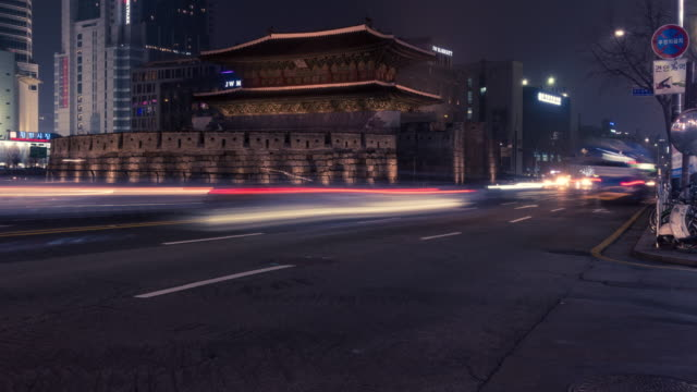 4k Time-lapse of traffic at Night in Seoul.