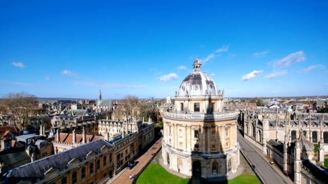 4k top view of the city of oxford, england, uk time lapse - oxford england stock videos & royalty-free footage