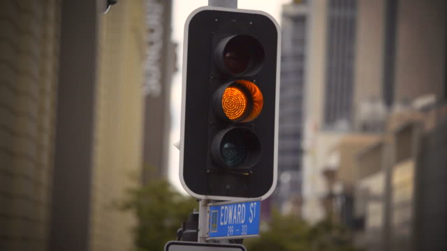 4k traffic signal stop - green, amber, red. - green light stoplight stock videos and b-roll footage