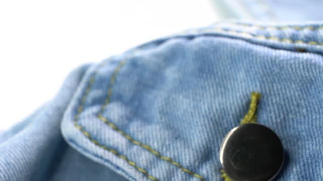 vidéos et rushes de 4 séquences uhd k de jeans veste - jeans texture