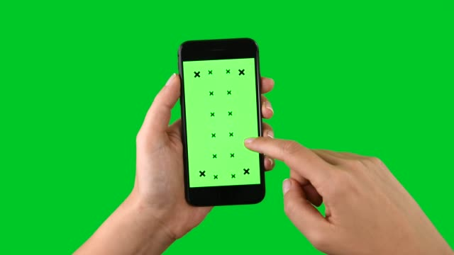 4k using smart phone displaying chroma key on green screen