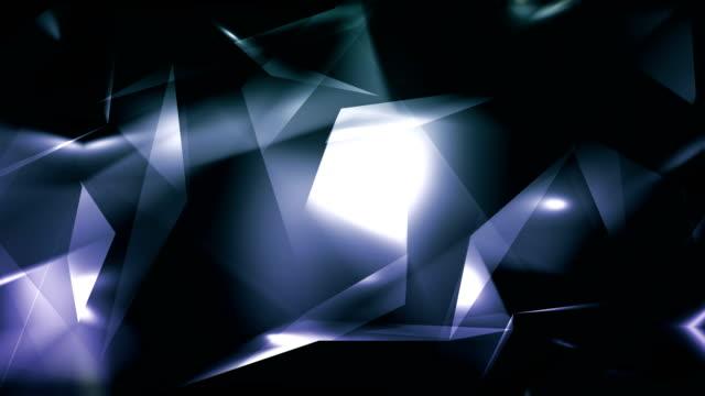 vidéos et rushes de 4 k vidéo gris abstrait géométrique verre bleu - boucle de triangles de diamant en arrière-plan - pierre précieuse