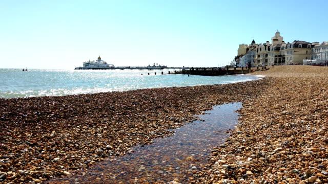 4k:イーストボーンビーチ** タイムラプス** - イングランド南東部点の映像素材/bロール