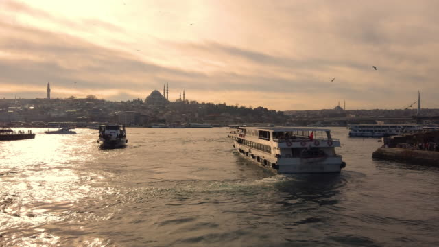 4k:golden horn from galata bridge, istanbul - suleymaniye mosque stock videos and b-roll footage