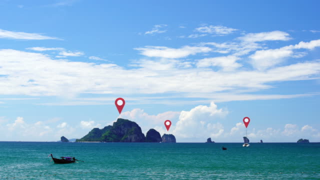 vídeos de stock e filmes b-roll de 4k:map pointer symbol full pin world map background nature sea. - map pin icon