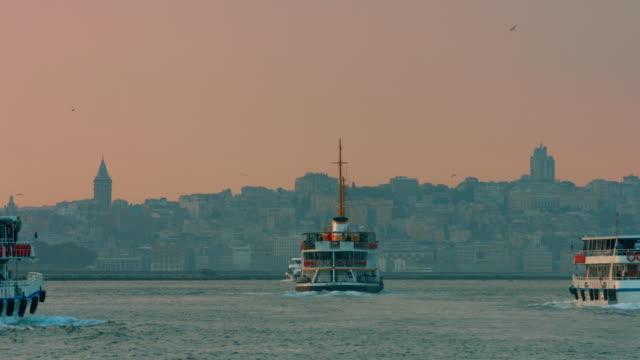 stockvideo's en b-roll-footage met 4k: panoramische istanbul scène - istanboel