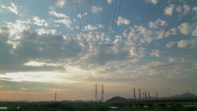 4k,sunset,kakogawa,hyogo,japan - electricity pylon stock videos & royalty-free footage