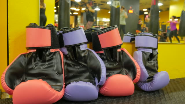 4k:thai boxing training background - glove fist stock videos & royalty-free footage