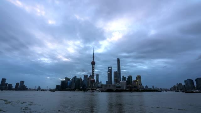 4k-Time Lapse-Shanghai Bund Sunrise