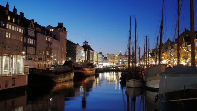 4K:Timelapse of Nyhavn in Copenhagen, Denmark at night time