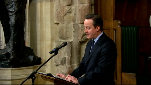 stockvideo's en b-roll-footage met 50th anniversary of sir winston churchill funeral westminster ceremony david cameron mp speech sot - 50 jarig jubileum