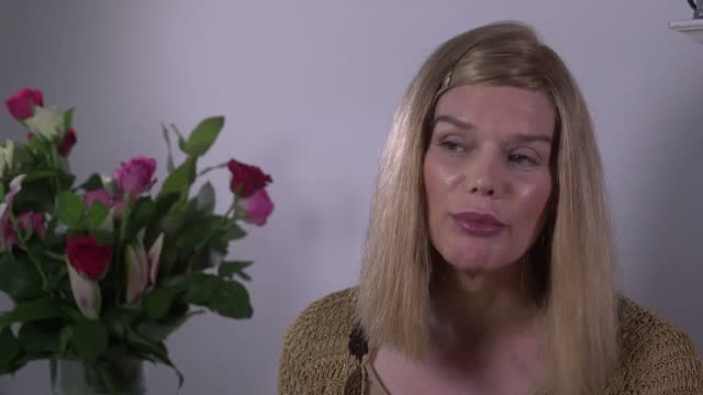 stockvideo's en b-roll-footage met 56yearold transgender designer rhona de jong talks about her planned trip from london to seoul south korea to have vocal cord surgery to make her... - zuid korea