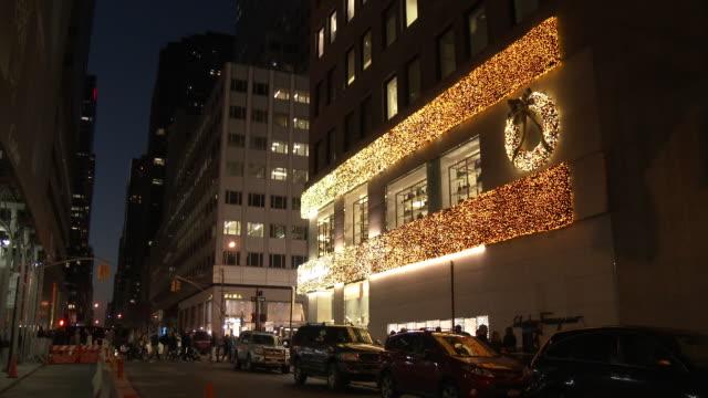 5th Avenue Christmas Lights & Decorations - Midtown Manhattan