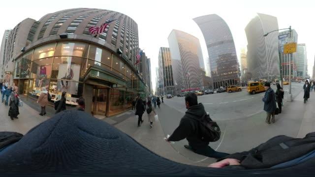 360 VR 5th avenue New York City POV walking