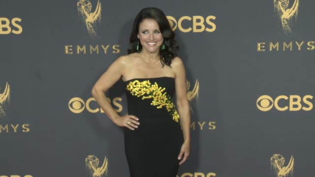 vídeos y material grabado en eventos de stock de 69th annual primetime emmy awards in los angeles, ca 9/17/17 - premios emmy
