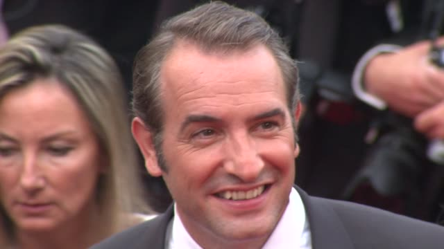 vídeos de stock, filmes e b-roll de 69th golden globe nominees - best performance by an actor in a motion picture - comedy or musical - jean dujardin
