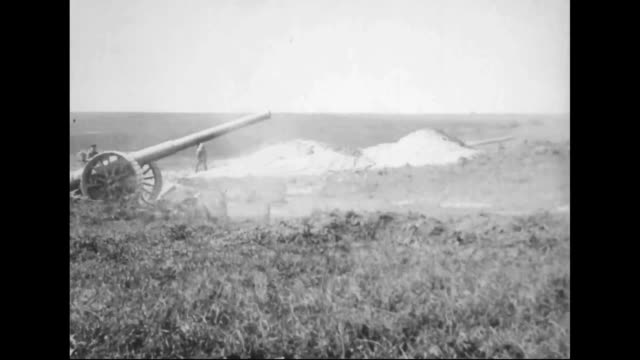 6inch mark vii guns firing on germans - artiglieria video stock e b–roll