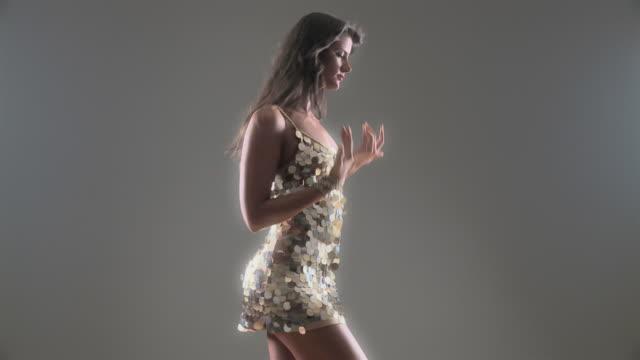 HD 720p30: Sexy dancer