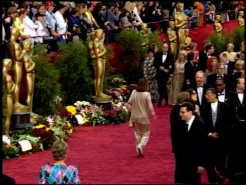 vidéos et rushes de 74th academy awards press room at the 2002 academy awards at the kodak theatre in hollywood california on march 24 2002 - hollywood boulevard