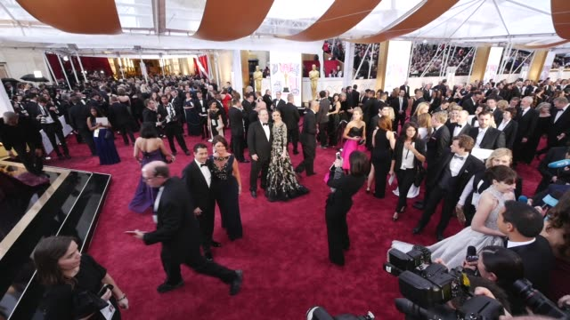 vídeos de stock e filmes b-roll de 87th annual academy awards arrivals timelapse part 1 on february 22 2015 in hollywood california - cerimónia dos óscares