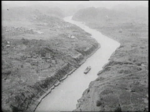 w a ship in the panama canal seen from the air / panama - 1913 stock-videos und b-roll-filmmaterial