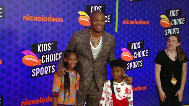 aaliyah tucker, p. j. tucker, and king tucker at the nickelodeon's kids' choice sports 2018 at barker hangar on july 19, 2018 in santa monica,... - nickelodeon stock videos & royalty-free footage