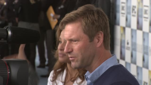 Aaron Eckhart at the Film Independent's 2009 Spirit Awards Arrivals Part 2 at Los Angeles CA