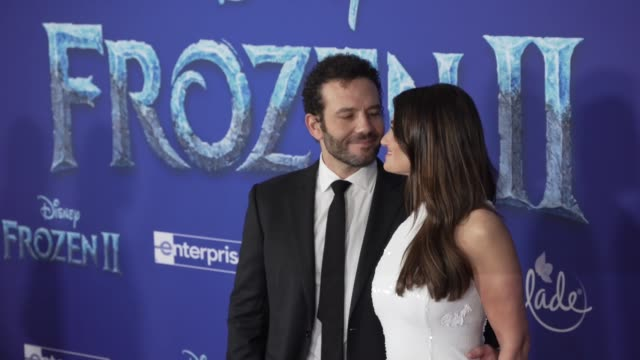 aaron lohr and idina menzel at the frozen ii world premiere at dolby theatre on november 07 2019 in hollywood california - frozen stock videos & royalty-free footage