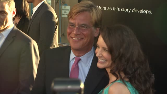 aaron sorkin kristin davis at hbo's 'the newsroom' premiere at arclight cinemas aaron sorkin kristin davis at arclight cinemas cinerama dome on june... - cinerama dome hollywood stock videos and b-roll footage