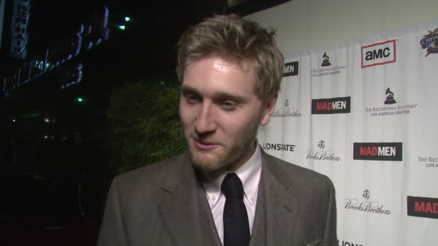 aaron staton on supporting his mad men castmates at the lionsgate presents the live revue a night on the town with 'mad men' at los angeles ca - revue stock videos and b-roll footage