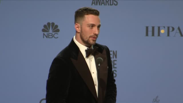 vídeos de stock e filmes b-roll de aaron taylor-johnson at 74th annual golden globe awards - press room at the beverly hilton hotel on january 08, 2017 in beverly hills, california. - the beverly hilton hotel
