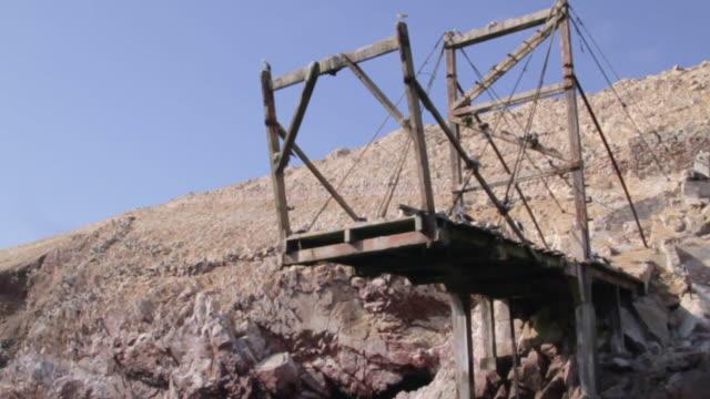abandoned bridge - heruntergekommen stock-videos und b-roll-filmmaterial