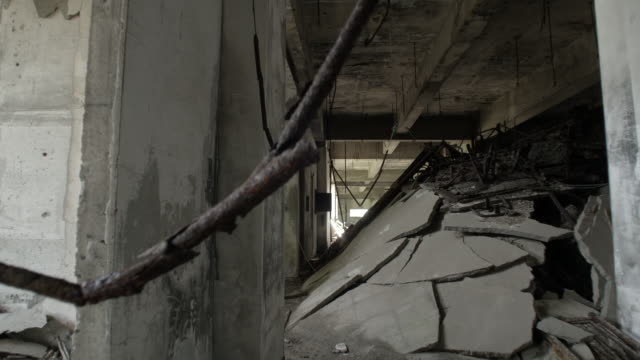 abandoned building damaged by volcanic eruptions, japan - verletzung stock-videos und b-roll-filmmaterial