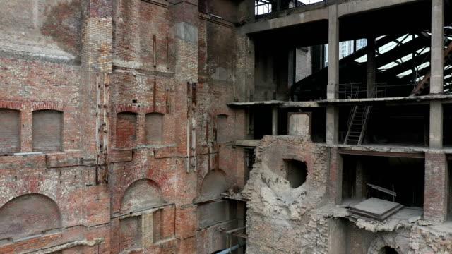 verlassene fabrikgebäude - high dynamic range imaging stock-videos und b-roll-filmmaterial
