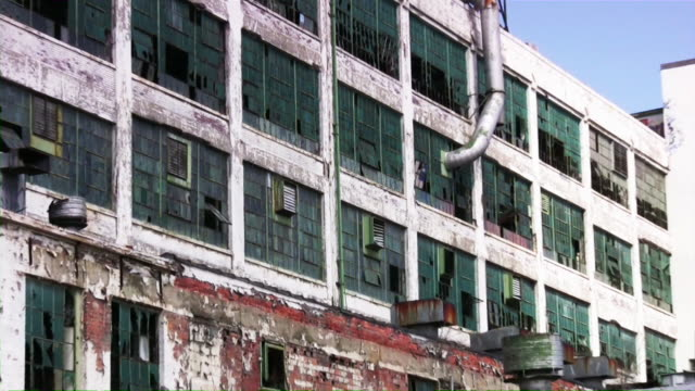 abandoned industrial building factory in detroit, michigan - run down stock videos & royalty-free footage