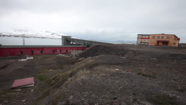 abandoned industrial buildings in barentsburg, a russian mining settlement on svalbard archipelago - 1932 stock videos & royalty-free footage