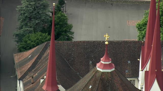 vídeos de stock, filmes e b-roll de aerial zo abbey and townscape, muri, aargau, switzerland - 17th century style