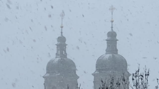 abbey of st gallen with snow - turmspitze stock-videos und b-roll-filmmaterial