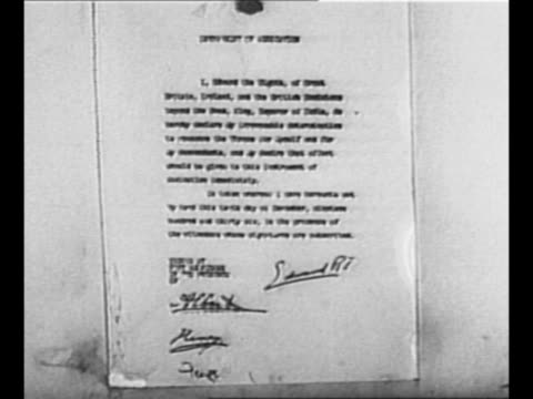 abdication document signed by edward viii / singleshot montage with four circles one labeled with each realm of the british empire and circle in... - edward viii stock videos & royalty-free footage