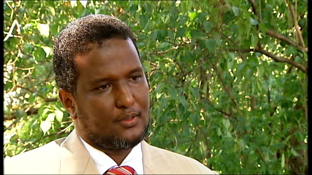 abdul rahman warsame interview sot - on some fighters coming from uk and us - アフリカの角点の映像素材/bロール